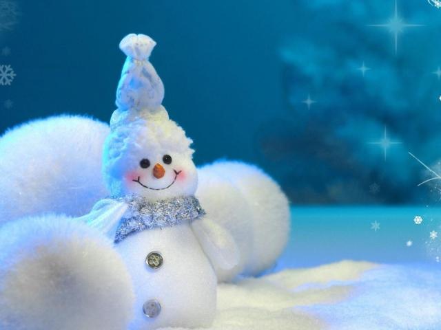 Як робити сніг з вати на нитці, сніжки з вати, марлі, тканини, паперу, клею ПВА і мішури своїми руками? Як зробити блискучий сніг і сніжки з вати?