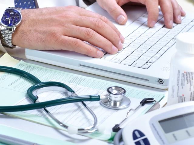 Можна піти на лікарняний під час відпустки без змісту? Чи оплачується лікарняний лист під час відпустки без змісту?