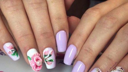 Акрил для нігтів: що це таке і як ним користуватися?