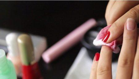 Чим можна стерти лак з нігтів, якщо немає рідини для зняття?