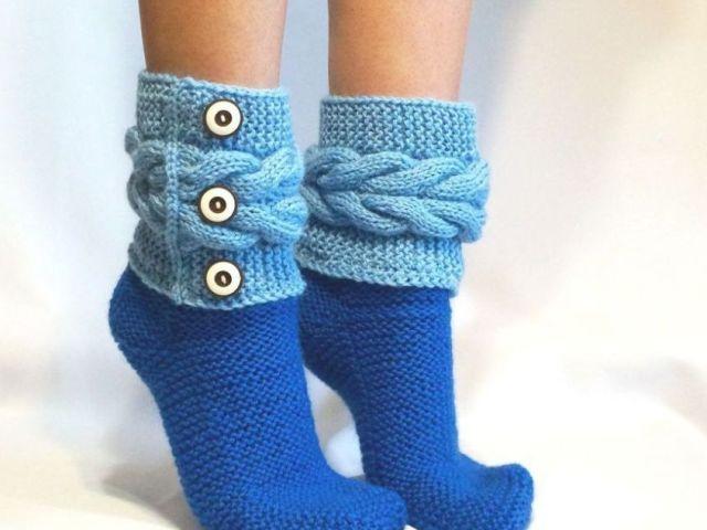 Як зв'язати жіночі, чоловічі і дитячі шкарпетки на 2 спицях: простий спосіб для початківців з докладним описом, шов спереду, без шва, шов ззаду, з миска, схема з описом, відео