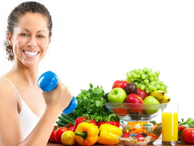 Як дієта допомагає сформувати спортивну фігуру і оздоровитися? Харчування до і після тренування, вживання рідини — лайфхаки для тих, хто займається спортом