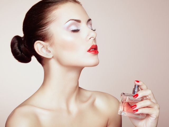Як правильно вибрати жіночі парфуми для себе: тест. Як зрозуміти — який аромат жіночих парфумів мені найкраще підходить: питання тесту