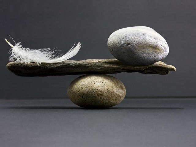 Що робити для власного спокою і рівноваги? Способи знайти спокій за допомогою порад, мантр, медитації і молитви