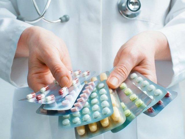 Прийом антибіотиків перед або після прийому їжі: коли потрібно — правила прийому антибіотиків