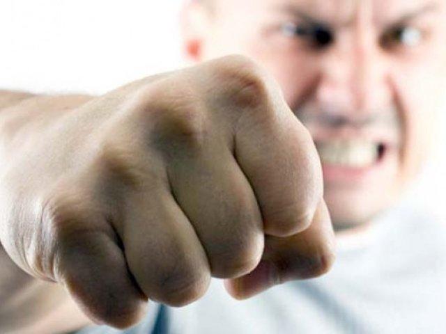 Сонник — бійка: до чого сниться уві сні бійка чоловіків? До чого сниться брати участь в бійці або перемогти у бійці?