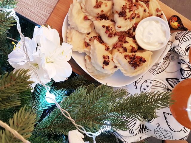 Вареники з сюрпризом на Старий Новий рік: значення сюрпризів. Що покласти в вареники з сюрпризами: ідеї