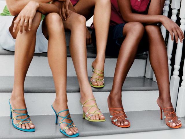 Як прибрати зайвий жир з ніг, стегон, литок і ляшек в домашніх умовах вправами? Чому жир відкладається на ногах? Як легко і швидко прибрати жир з ніг, стегон, литок і ляшек: тренування для ніг для спалювання жиру вправи