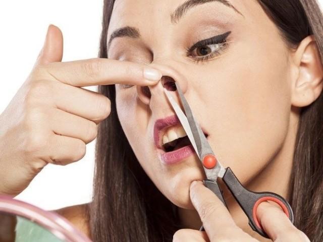 Як безболісно видалити, підстригти волосся в носі чоловікові і жінці: способи, кул-епіляція. Як купити машинку триммер для стрижки волосся в носі в інтернет магазині Алиэкспресс? Можна висмикувати волосся з носа пінцетом? Навіщо потрібні волосся в носі?