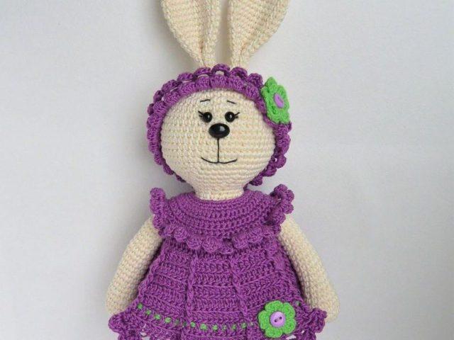 Зайчик гачком — білий зайчик в шапочці. Зайчик гачком: докладна інструкція в'язання, приклади інших схем в'язання виробів, відео
