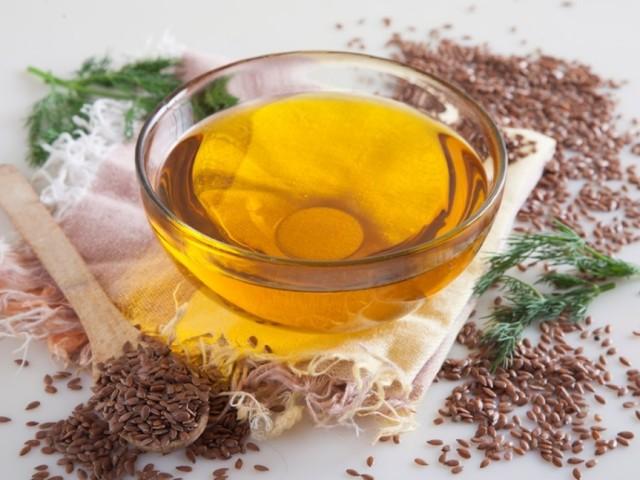 Лляне масло: склад, зміст Омега-3, вітамінів, жирних кислот, користь і шкоду для чоловіків і жінок, як правильно приймати в лікувальних цілях? Олія лляна БАД в капсулах і селеном: інструкція із застосування, відгуки