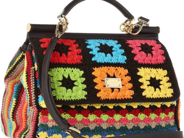 Сумки гачком — схеми і опис: в'язання ажурною сумки. Як зв'язати сумку технікою печворк, модельну сумку, літню сумку з квіткою, круглу сумочку на довгій ручці?