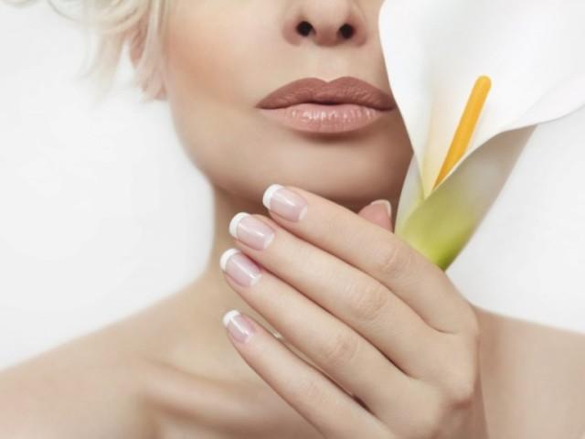 Що таке лунки на нігтях? Великі лунки на нігтях пальців рук і маленькі: значення для здоров'я
