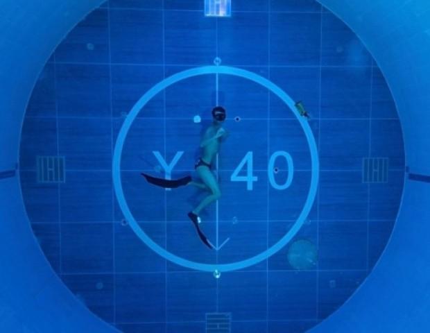 Найглибший басейн в світі: Y-40 The Deep Joy — 40 метрів захоплення