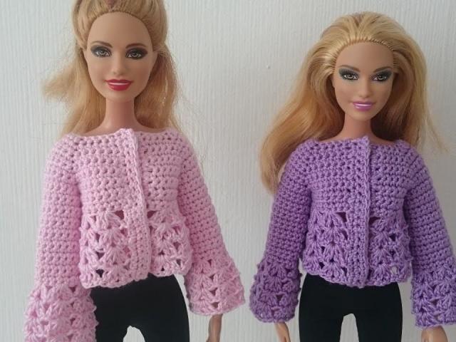 Одяг для ляльок гачком: як зв'язати плаття, комбінезон, трусики?
