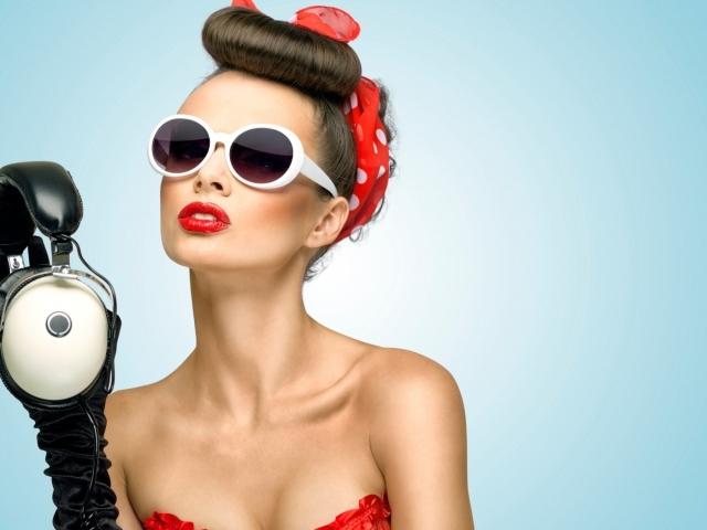 Зачіска у стилі пін-ап (Pin-Up) і поп-арт (Pop-Art): на довгі і короткі волосся. Як зробити зачіску пін-ап з хусткою, банданою?