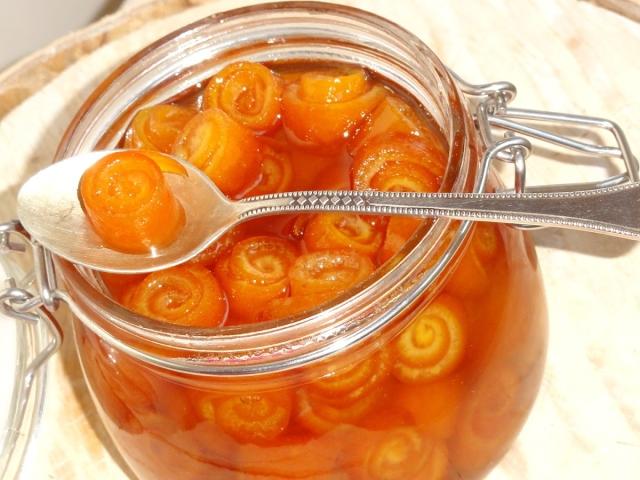 Рецепт найсмачнішого апельсинового варення. Як зварити варення з апельсинів з шкіркою, з імбиром, лимоном, бананом, персиком, ревенем, яблуком, динею?