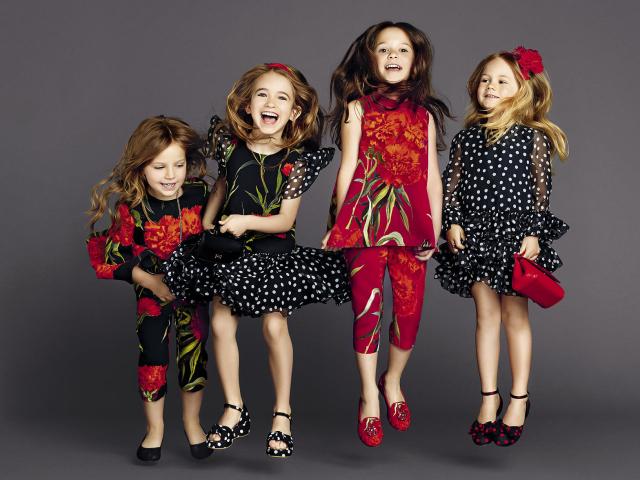 Дитяча мода для дівчаток 2019: тенденції на весну-літо, осінь-зиму 2019 – 2020 роки, стиль і моделі брендового одягу. Як купити брендову модний дитячий одяг для дівчаток в інтернет магазині Ламода в 2019 році?