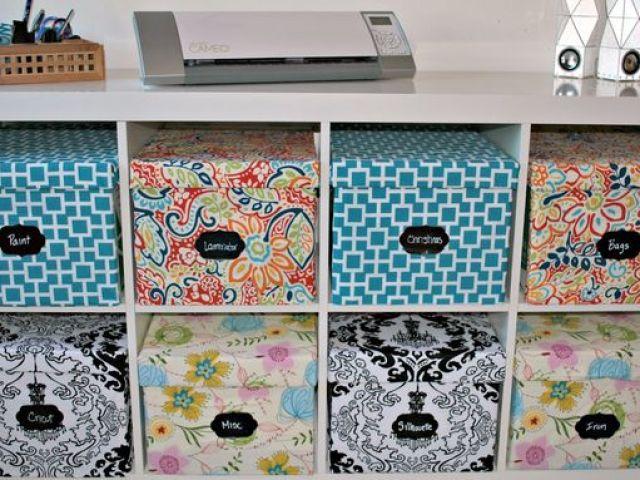 Як зробити красиві коробки для зберігання речей: з тканини, картону. Як прикрасити картонну коробку для зберігання: техніка декупаж, виготовлення вкладиша з тканини. В'язана з джутової мотузки коробка для зберігання