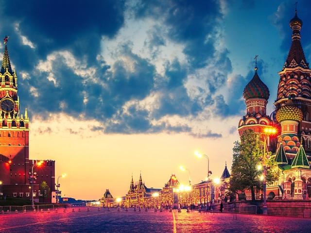 Що відвідати в Москві: музеї, виставкові зали, театри, храми і монастирі, прогулянкові місця. Що відвідати в Москві з дітьми?