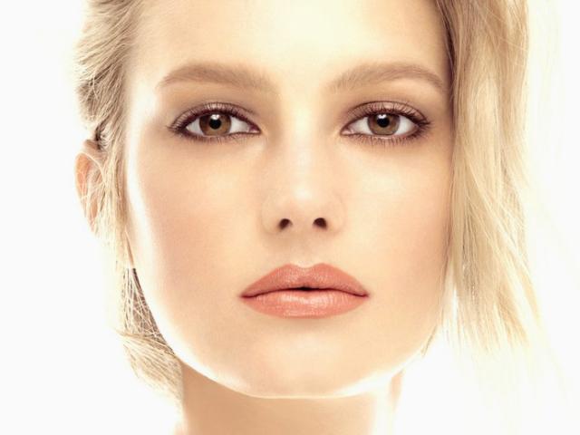 Секрети стійкого макіяжу. Стійкий макіяж для жирної шкіри, брів, очей, губ