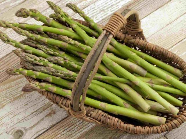 Що таке спаржа, як виглядає? Спаржа зелена, біла, соєве, лікарська: користь і шкоду для організму, цінність, склад, вітаміни, калорійність на 100 грам