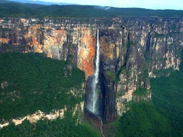 Топ-9 найвищих водоспадів у світі: коротка характеристика, фото. Найвищий водоспад у світі: опис, фото, цікаві факти