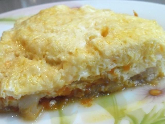 Як приготувати рибу в омлеті? Рецепт смачної риби, запеченої в омлеті як у дитячому садку, з сиром, сиром, цибулею і морквою, овочами