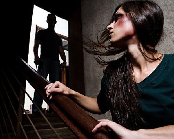 Види насильства в сім'ї і як з ним боротися? Куди звертатися, якщо над вами вчиняється насильство і як боротися з його наслідками?