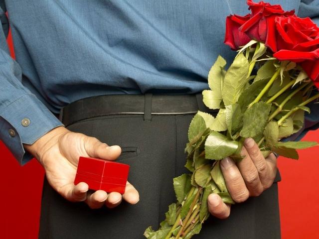 Як змусити або просити коханця дарувати подарунки? Чому коханець не дарує подарунків або перестав дарувати: консультація психолога