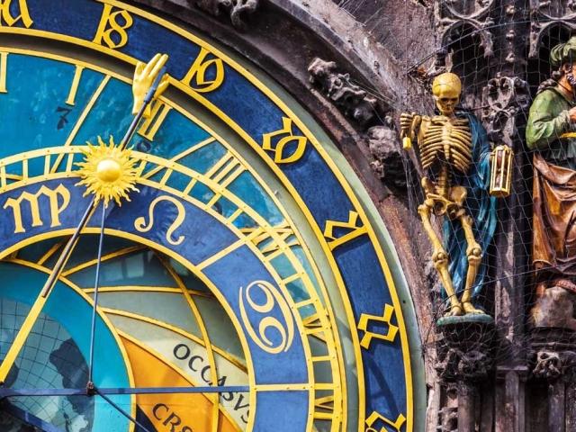 Що відвідати в Чехії? Пам'ятки Праги, Карлових Вар, Кутна Гора, Острава, Кісниці, Брно, Маріанські Лазні, замків Глубока-над-Влтавою, Кршивоклат, Пардубіце