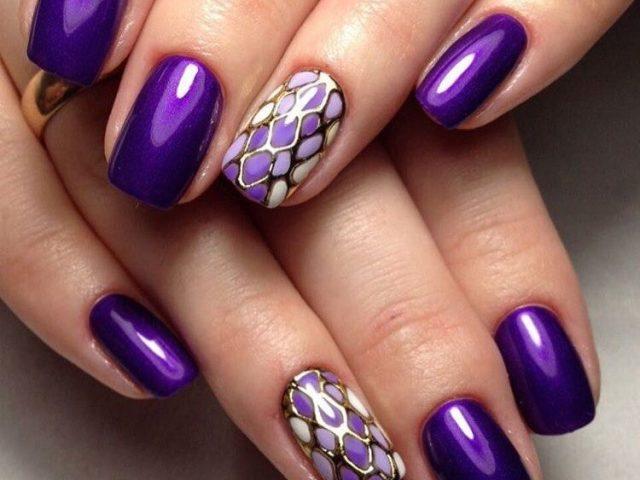 Фіолетовий манікюр і приклади дизайну різних відтінків цього кольору: приклади пурпурного, фіолетового, бузкового, темно-фіолетового манікюру. Нейл-арт у фіолетових тонах: матовий, фіолетовий з жовтим, чорним, золотим, білим, рожевим, зеленим відтінком. П