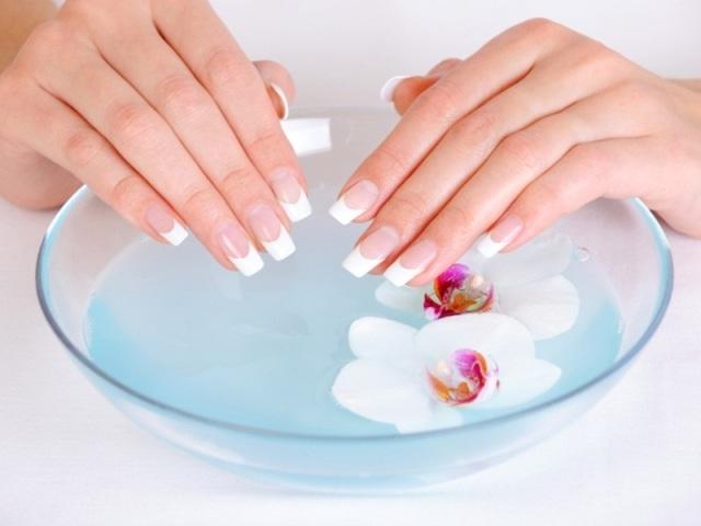 10 кращих кращих засобів для зміцнення і зростання нігтів. Як застосовувати професійні засоби для зміцнення і зростання нігтів і з аптеки в домашніх умовах?