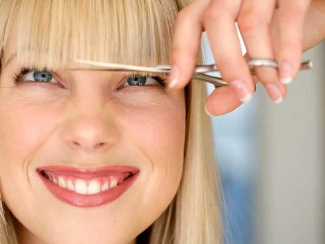 Як підстригти і профілювати чубок без филировочных ножиць: основи майстерності, інструкція, приклади стрижок, фото, відео