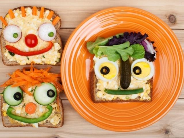 Бутерброди святкові для дітей: бутерброди «Божа корівка», «Кораблики», «Мухомори», солодкі дитячі бутерброди