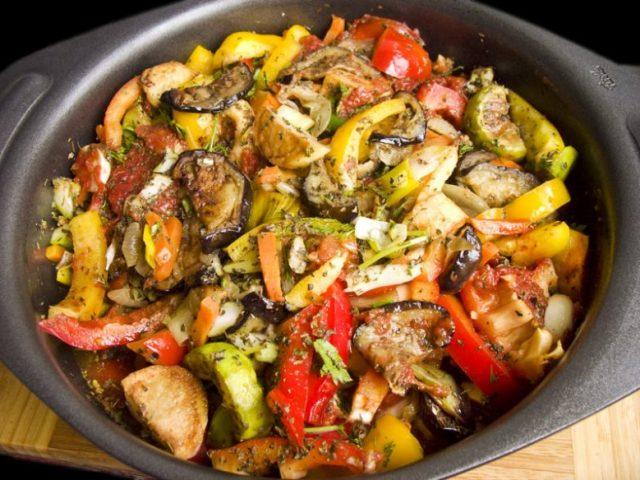 Аджапсандали рецепти: класичний, з фаршем, з кабачками, з сиром — топ найбільш смачний рецептів з докладними інгредієнтами і покроковим приготуванням