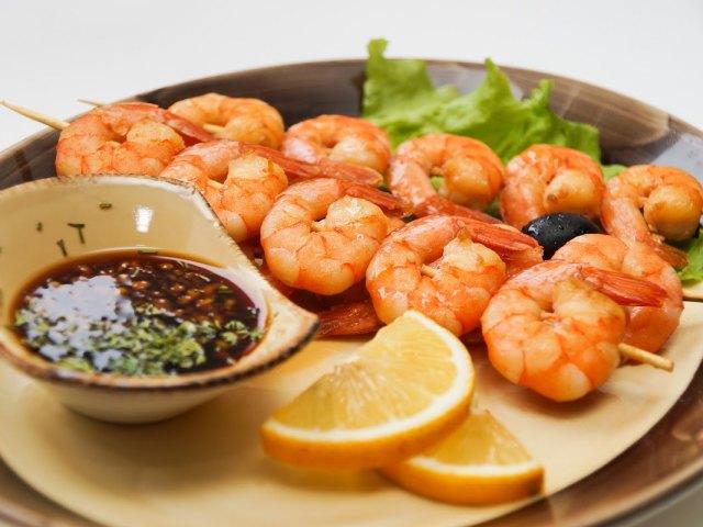 Креветки в мультиварці: на парі, смажені креветки в клярі, з рисом, з грибами — найсмачніші рецепти з докладними інгредієнтами і покрокової інструкцією