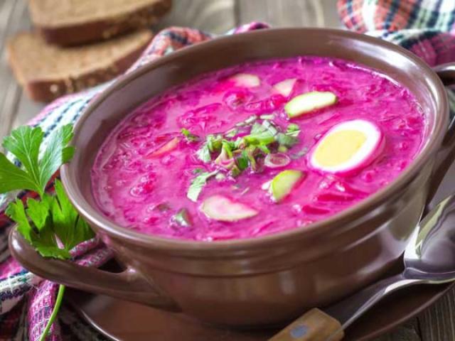 Борщ: кращі рецепти. Як приготувати смачний холодний і гарячий борщ на квасі, з бадиллям, на кефірі, з ковбасою?