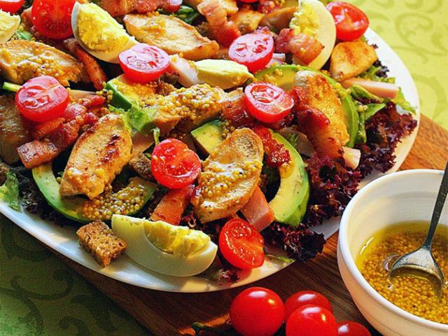Салат з авокадо і помідорами: 2 кращих покрокових рецепту з докладними інгредієнтами