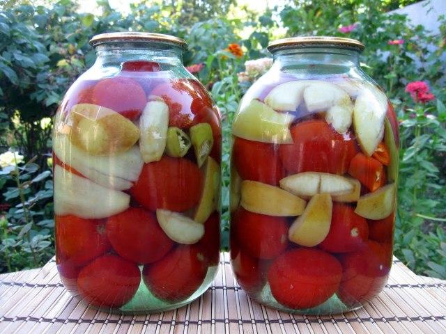 Помідори по-німецьки з яблуками: 2 кращих покрокових рецепту з докладними інгредієнтами