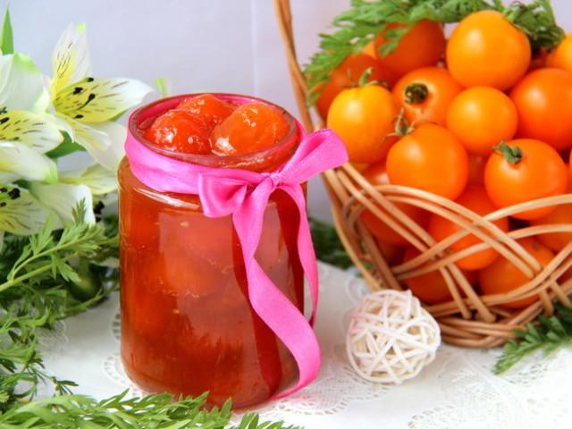 Рецепти заготовок з жовтих помідорів на зиму: кетчуп з жовтих помідорів, лечо, консервовані жовті помідори з виноградом на зиму, з гірчицею, салат з жовтих помідорів і цибулі на зиму