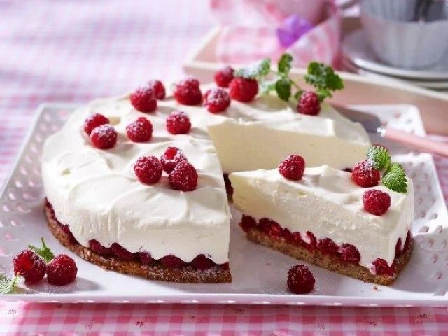 Торт без випічки: рецепти печива і сиру, з зефіру, печива, йогурту, вівсяного печива, желе. Торт без випічки: Пташине молоко, шоколадний, фруктовий