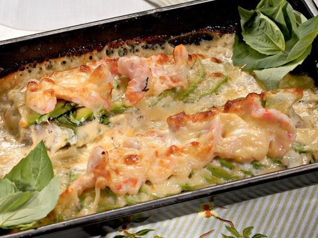 Як приготувати рибу тріску смачно в духовці? Як зробити з тріски лабардан, запіканку, котлети, тріску з сиром, цибулею і сметаною, маринадом з овочів, овочевий начинкою, картоплею, гарбузом, капустою брокколі, в майонезі, томатній пасті: найкращі рецепти
