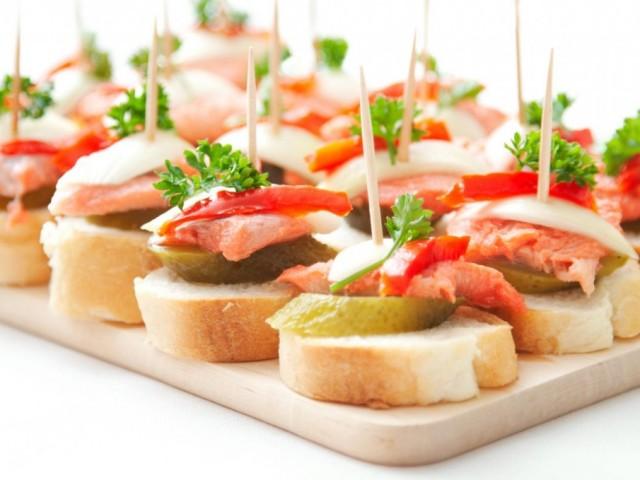 Пісні бутерброди: кращі рецепти. Як приготувати пісні бутерброди на сніданок, до чаю, на святковий стіл?