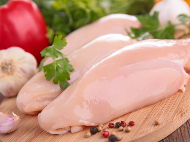 Секрети і особливості приготування курячої грудки: рецепти приготування, фото, відео. Як правильно зварити курячу грудку, як припускати філе курки: поради та рекомендації. Скільки вариться куряча грудка?