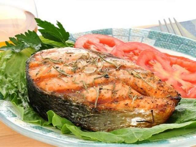 Рецепти кети в духовці: рибний рулет, запечені стейки з смачними гарнірами, торт, пиріг. Запікання кети в духовці у фользі і рукаві: рецепт