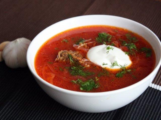 Борщ з м'ясом та без м'яса: кращі рецепти. Як зварити наваристий український борщ зі свининою, буряком, капустою, яловичиною, куркою, бараниною, фрикадельками, квасолею, грибами, кількою в томаті, пісний, по-селянськи, вегетаріанський, без капусти: рецепт