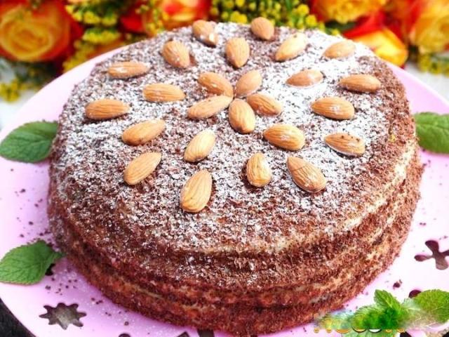 Святковий торт «Дамський каприз»: інгредієнти і покроковий класичний рецепт. Як смачно приготувати торт «Дамський каприз» бісквітний, шоколадний, медовий, заварного та листкового тіста, з маком, зі згущеним молоком, фруктами в домашніх умовах: рецепт