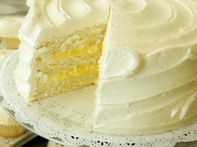 Лимонний торт – лимонник: кращі рецепти. Як зробити лимонний торт пісочний, бісквітний, шоколадний, без випічки, з меренгою, суфле, желе, ягідний в домашніх умовах?