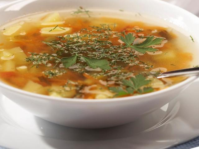 Кислі щі з квашеної капусти: покроковий рецепт. Як приготувати смачні кислі щі з квашеної капусти з м'ясом, пісні, грибні, вегетаріанські, дієтичні?